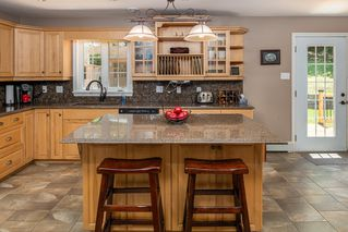 Photo 5: 40 Sunset Drive in Glen Haven: 40-Timberlea, Prospect, St. Margaret`S Bay Residential for sale (Halifax-Dartmouth)  : MLS®# 202011241