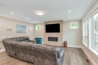 Photo 2: 32860 CAMERON Avenue in Mission: Mission BC House for sale : MLS®# R2480200