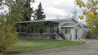 """Photo 2: 4816 BALDONNEL Road in Fort St. John: Fort St. John - Rural E 100th House for sale in """"BALDONNEL"""" (Fort St. John (Zone 60))  : MLS®# R2501024"""