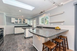 Photo 11: 1914 Bolt Ave in : CV Comox (Town of) House for sale (Comox Valley)  : MLS®# 857960