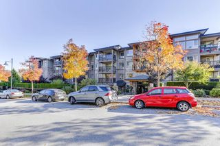 Photo 3: 212 3178 DAYANEE SPRINGS BOULEVARD in Coquitlam: Westwood Plateau Condo for sale : MLS®# R2513073