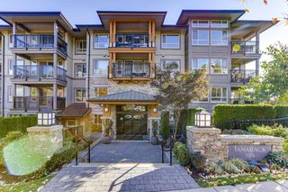 Photo 2: 212 3178 DAYANEE SPRINGS BOULEVARD in Coquitlam: Westwood Plateau Condo for sale : MLS®# R2513073