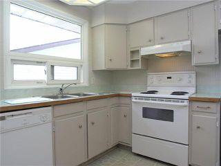 Photo 12: 2015 65 Street NE in CALGARY: Pineridge Residential Detached Single Family for sale (Calgary)  : MLS®# C3469150