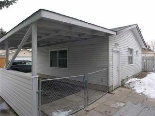 Photo 11: 2015 65 Street NE in CALGARY: Pineridge Residential Detached Single Family for sale (Calgary)  : MLS®# C3469150