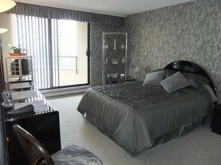 "Photo 5: # 1203 6282 KATHLEEN AV in Burnaby: Metrotown Condo for sale in ""THE EMPRESS"" (Burnaby South)  : MLS®# V956753"