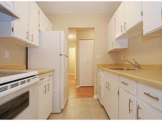 "Photo 6: 107 8870 CITATION Drive in Richmond: Brighouse Condo for sale in ""CARTWELL MEWS"" : MLS®# V1036917"