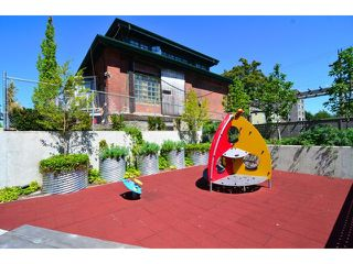 "Photo 19: 608 251 E 7TH Avenue in Vancouver: Mount Pleasant VE Condo for sale in ""District"" (Vancouver East)  : MLS®# V1065509"