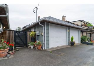 "Photo 18: 2471 E KENT Avenue in Vancouver: Fraserview VE House for sale in ""Fraserlands"" (Vancouver East)  : MLS®# V1086474"