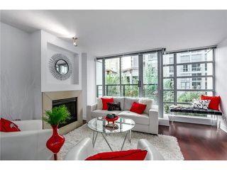 """Photo 4: 316 1255 SEYMOUR Street in Vancouver: Downtown VW Townhouse for sale in """"ELAN"""" (Vancouver West)  : MLS®# V1087221"""