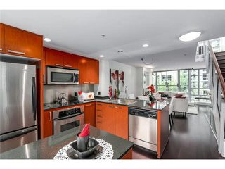 """Photo 10: 316 1255 SEYMOUR Street in Vancouver: Downtown VW Townhouse for sale in """"ELAN"""" (Vancouver West)  : MLS®# V1087221"""