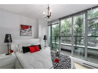 """Photo 3: 316 1255 SEYMOUR Street in Vancouver: Downtown VW Townhouse for sale in """"ELAN"""" (Vancouver West)  : MLS®# V1087221"""
