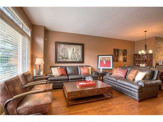Photo 2: 4119 GARRISON Boulevard SW in Calgary: Garrison Woods Townhouse for sale : MLS®# C3638205
