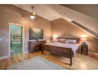 Photo 8: 4119 GARRISON Boulevard SW in Calgary: Garrison Woods Townhouse for sale : MLS®# C3638205
