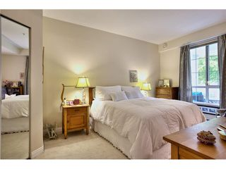 """Photo 15: 218 5835 HAMPTON Place in Vancouver: University VW Condo for sale in """"ST JAMES HOUSE"""" (Vancouver West)  : MLS®# V1116067"""