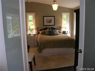 Photo 6: 2586 Wentwich Rd in VICTORIA: La Mill Hill Single Family Detached for sale (Langford)  : MLS®# 703032
