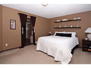 Photo 19: 18 CRYSTAL SHORES Place: Okotoks House for sale : MLS®# C4018955