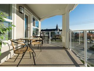 """Photo 14: 302 15367 BUENA VISTA Avenue: White Rock Condo for sale in """"The Palms"""" (South Surrey White Rock)  : MLS®# R2014282"""