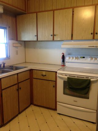 Photo 2: OCEANSIDE Manufactured Home for sale : 3 bedrooms : 259 Blue Springs Lane