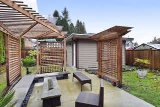 "Photo 19: 2460 LLOYD Avenue in North Vancouver: Pemberton Heights House for sale in ""PEMBERTON HEIGHTS"" : MLS®# R2030093"