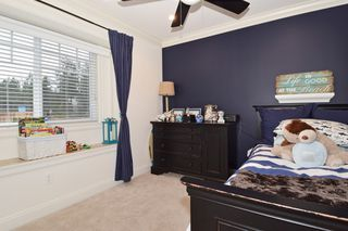 "Photo 14: 2460 LLOYD Avenue in North Vancouver: Pemberton Heights House for sale in ""PEMBERTON HEIGHTS"" : MLS®# R2030093"