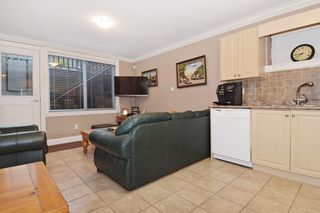 "Photo 16: 2460 LLOYD Avenue in North Vancouver: Pemberton Heights House for sale in ""PEMBERTON HEIGHTS"" : MLS®# R2030093"