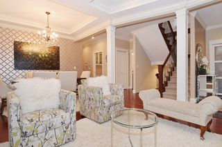 "Photo 4: 2460 LLOYD Avenue in North Vancouver: Pemberton Heights House for sale in ""PEMBERTON HEIGHTS"" : MLS®# R2030093"