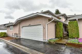 "Photo 1: 102 15501 89A Avenue in Surrey: Fleetwood Tynehead Townhouse for sale in ""AVONDALE"" : MLS®# R2048806"