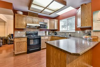 "Photo 6: 102 15501 89A Avenue in Surrey: Fleetwood Tynehead Townhouse for sale in ""AVONDALE"" : MLS®# R2048806"