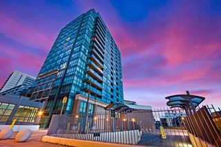 Photo 1: 806 1171 W Queen Street in Toronto: Trinity-Bellwoods Condo for sale (Toronto C01)  : MLS®# C3448144