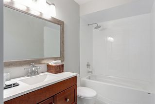 Photo 18: 805 ALEXANDER Bay in Port Moody: North Shore Pt Moody Townhouse for sale : MLS®# R2076005