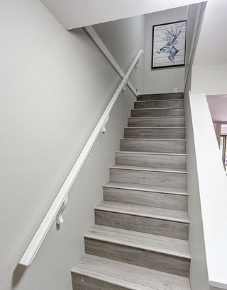 Photo 12: 805 ALEXANDER Bay in Port Moody: North Shore Pt Moody Townhouse for sale : MLS®# R2076005