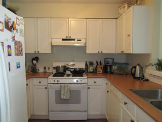 "Photo 2: 114 5711 EBBTIDE Street in Sechelt: Sechelt District Townhouse for sale in ""EBBTIDE PLACE"" (Sunshine Coast)  : MLS®# R2095959"