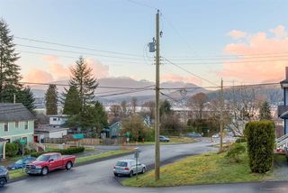Photo 15: 2801 IVY Street in Port Moody: Port Moody Centre House for sale : MLS®# R2099613