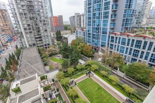 "Photo 12: 1007 1225 RICHARDS Street in Vancouver: Downtown VW Condo for sale in ""THE EDEN"" (Vancouver West)  : MLS®# R2107560"