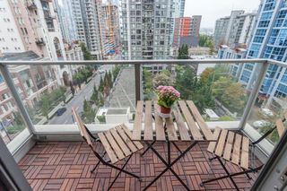 "Photo 10: 1007 1225 RICHARDS Street in Vancouver: Downtown VW Condo for sale in ""THE EDEN"" (Vancouver West)  : MLS®# R2107560"