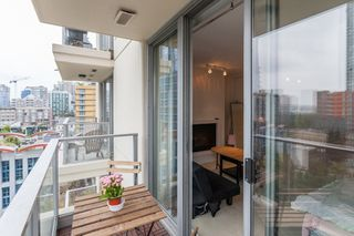 "Photo 9: 1007 1225 RICHARDS Street in Vancouver: Downtown VW Condo for sale in ""THE EDEN"" (Vancouver West)  : MLS®# R2107560"