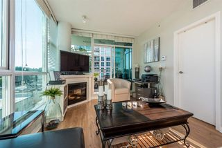 """Photo 9: 903 168 E ESPLANADE Street in North Vancouver: Lower Lonsdale Condo for sale in """"ESPLANADE WEST AT THE PIER"""" : MLS®# R2111984"""
