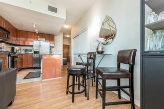 """Photo 8: 903 168 E ESPLANADE Street in North Vancouver: Lower Lonsdale Condo for sale in """"ESPLANADE WEST AT THE PIER"""" : MLS®# R2111984"""