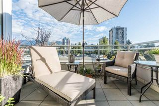 """Photo 13: 903 168 E ESPLANADE Street in North Vancouver: Lower Lonsdale Condo for sale in """"ESPLANADE WEST AT THE PIER"""" : MLS®# R2111984"""