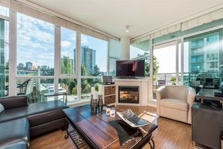 "Main Photo: 903 168 E ESPLANADE Street in North Vancouver: Lower Lonsdale Condo for sale in ""ESPLANADE WEST AT THE PIER"" : MLS®# R2111984"