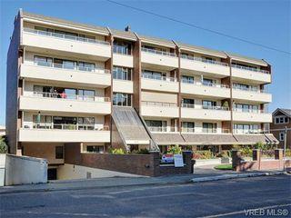 Photo 1: 401 1175 Newport Ave in VICTORIA: OB South Oak Bay Condo for sale (Oak Bay)  : MLS®# 743446