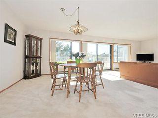Photo 2: 401 1175 Newport Ave in VICTORIA: OB South Oak Bay Condo for sale (Oak Bay)  : MLS®# 743446