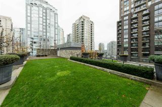 "Photo 16: 1807 1088 RICHARDS Street in Vancouver: Yaletown Condo for sale in ""Richards Living"" (Vancouver West)  : MLS®# R2121013"