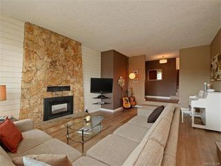 Photo 6: 445 Terrahue Rd in VICTORIA: Co Wishart South House for sale (Colwood)  : MLS®# 746393