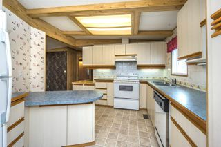"""Photo 4: 24 1640 162 Street in Surrey: King George Corridor Manufactured Home for sale in """"CHERRY BROOK PARK"""" (South Surrey White Rock)  : MLS®# R2129262"""