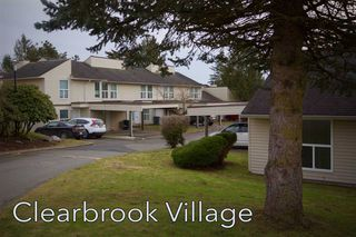 """Main Photo: 200 32550 MACLURE Road in Abbotsford: Abbotsford West Townhouse for sale in """"Clearbrook Village"""" : MLS®# R2134911"""