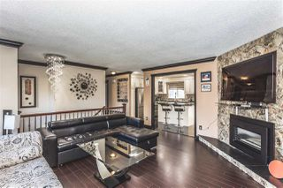 Photo 2: 6123 172 Street in Surrey: Cloverdale BC House for sale (Cloverdale)  : MLS®# R2137014