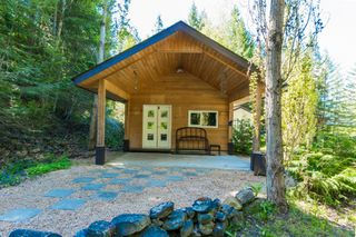 Photo 15: 3977 Myers Frontage Road: Tappen House for sale (Shuswap)  : MLS®# 10134417