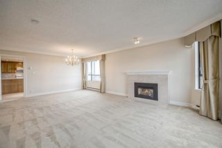 Photo 3: 1104 2189 W 42ND Avenue in Vancouver: Kerrisdale Condo for sale (Vancouver West)  : MLS®# R2168215
