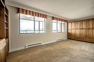 Photo 11: 1104 2189 W 42ND Avenue in Vancouver: Kerrisdale Condo for sale (Vancouver West)  : MLS®# R2168215